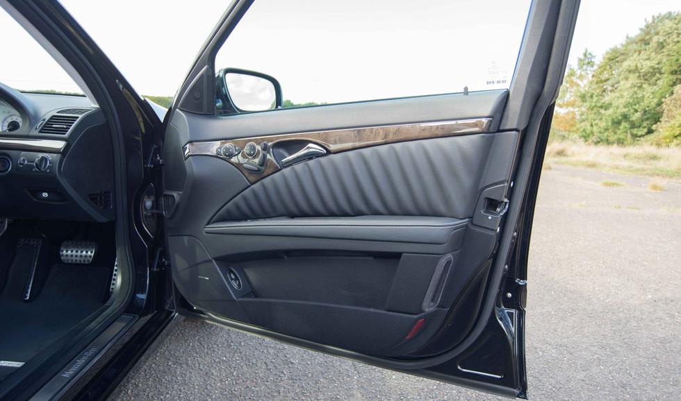 Mercedes E550 (619 of 28).jpg