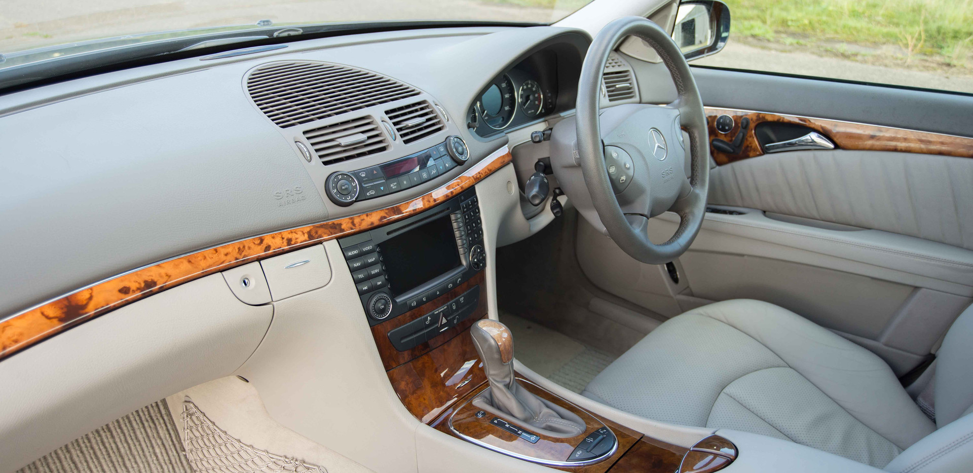 Mercedes E500 For Sale UK London  (44 of