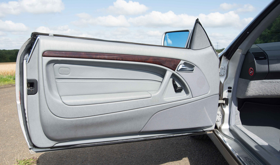 Mercedes SL320 (613 of 31).jpg