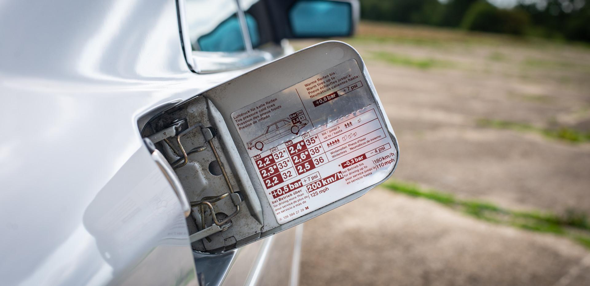 W126 420SEC - Uk for sale london-30.jpg
