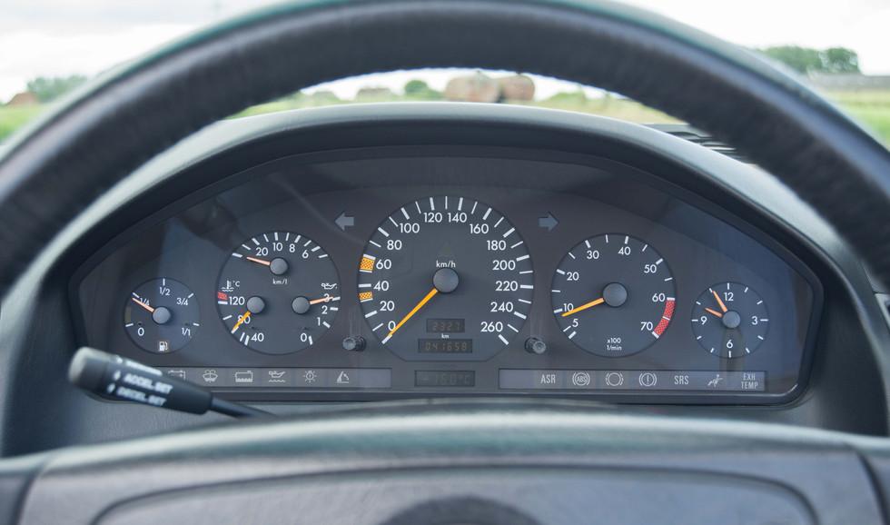 Mercedes R129 500SL (500 of 44).jpg