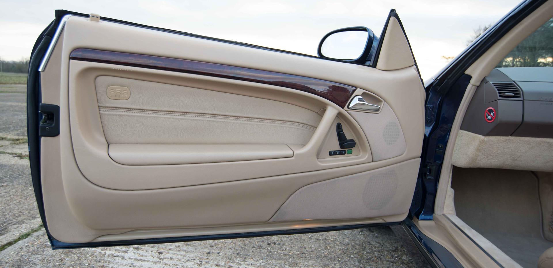 SL500 For Sale UK London  (34 of 36).jpg