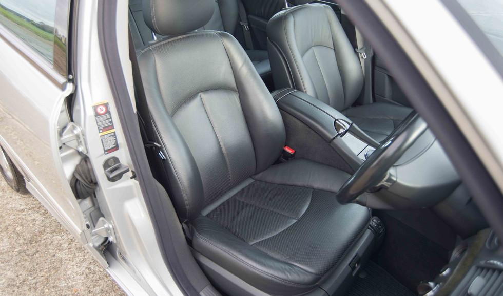 Mercedes E320CDI For Sale UK London  (13 of 49).jpg