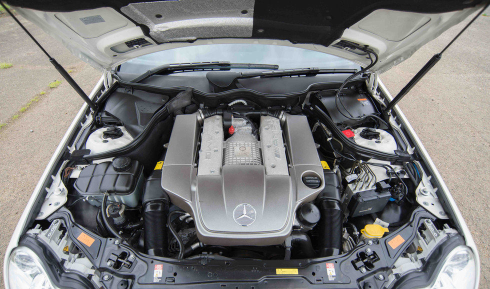 Mercedes C32 AMG Estate (523 of 26).jpg