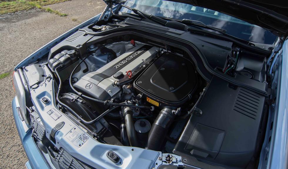 Mercedes 300SE (611 of 29).jpg