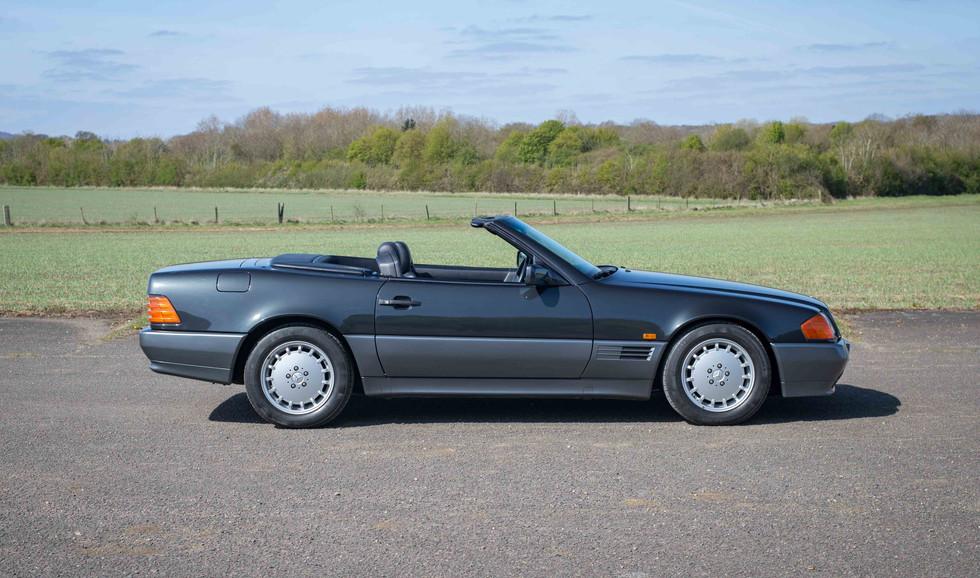 Mercedes R129 500SL For Sale UK London  (506 of 44).jpg