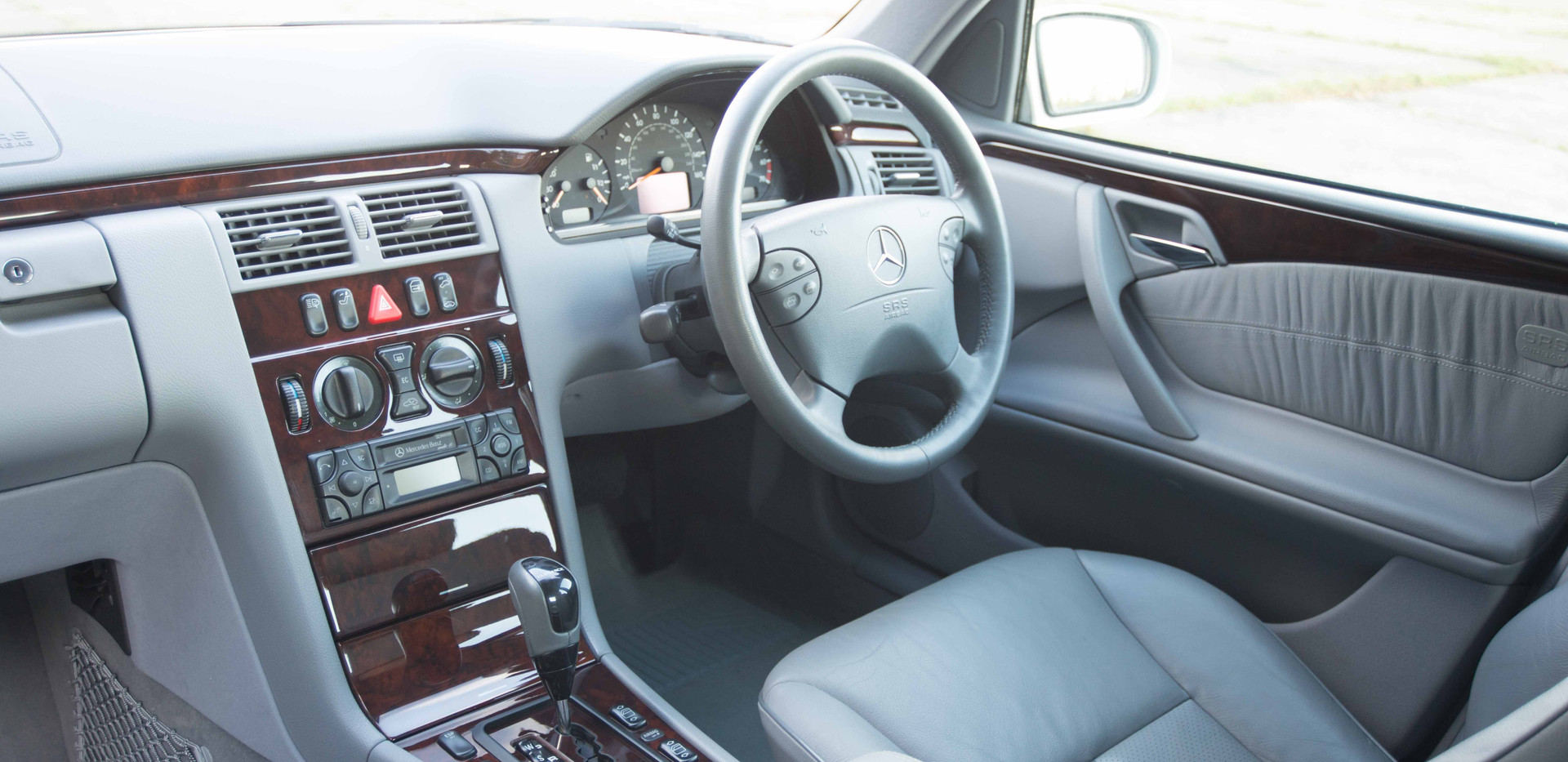 Mercedes E240 For Sale UK London  (67 of