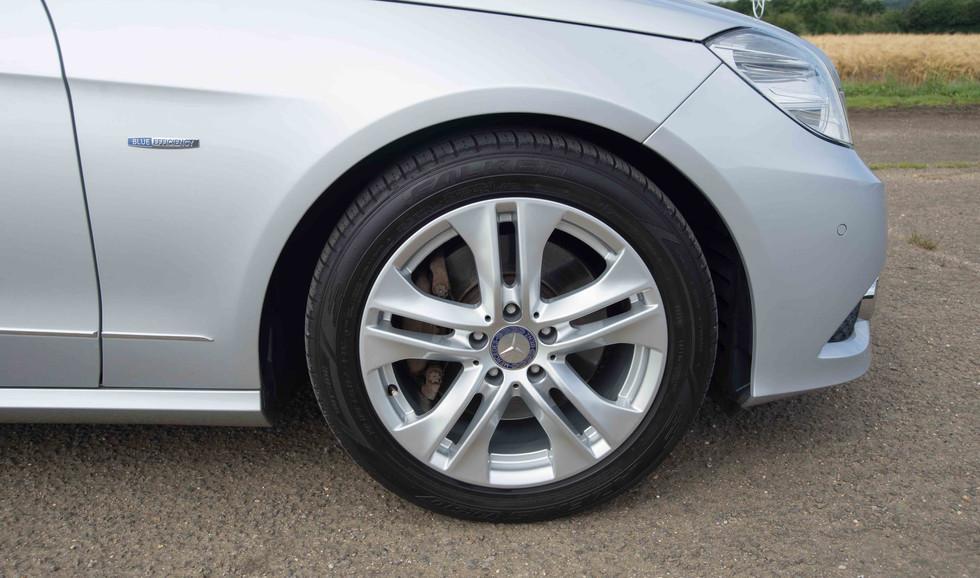 Mercedes E350 Bluetec (611 of 36).jpg