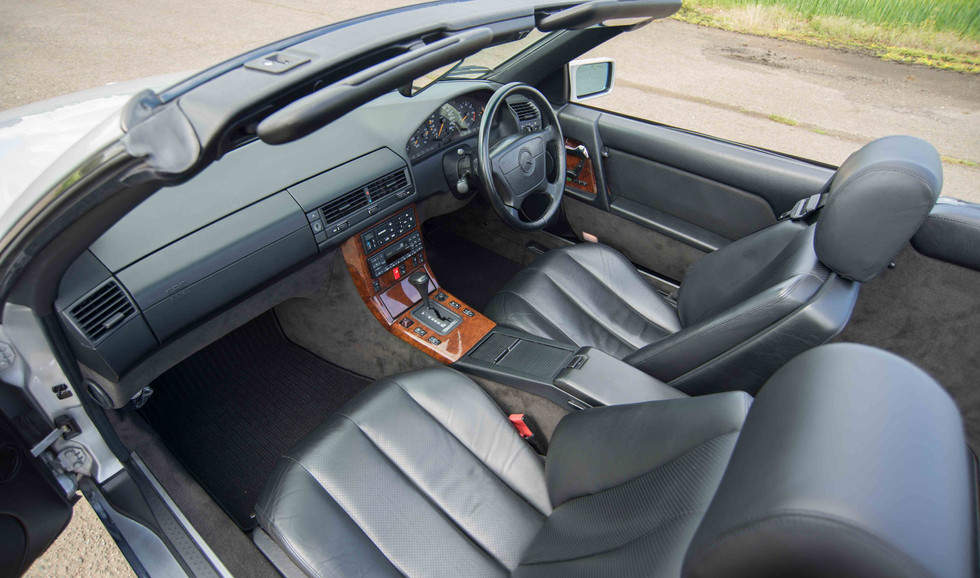 Mercedes R129 500SL (507 of 44).jpg