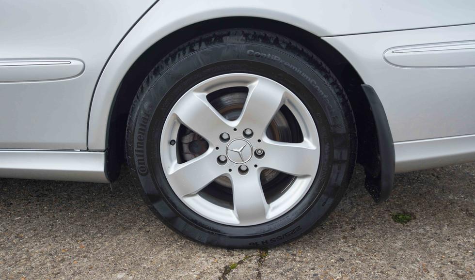 Mercedes E320CDI For Sale UK London  (35 of 49).jpg