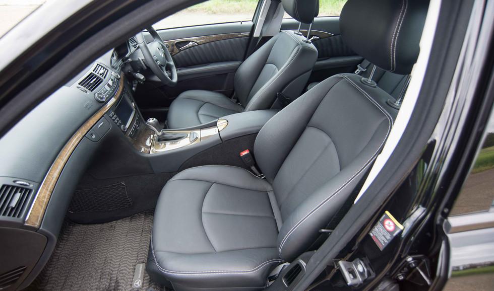 Mercedes W211 E350 (521 of 39).jpg