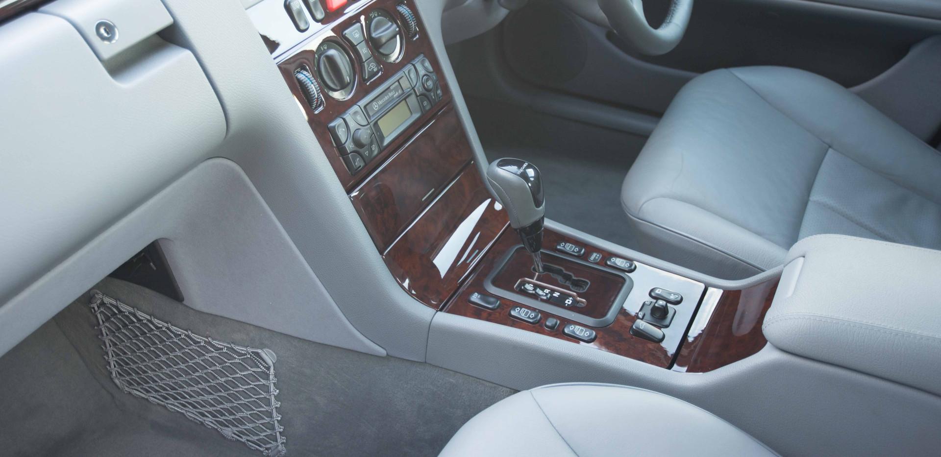 Mercedes E240 For Sale UK London  (68 of