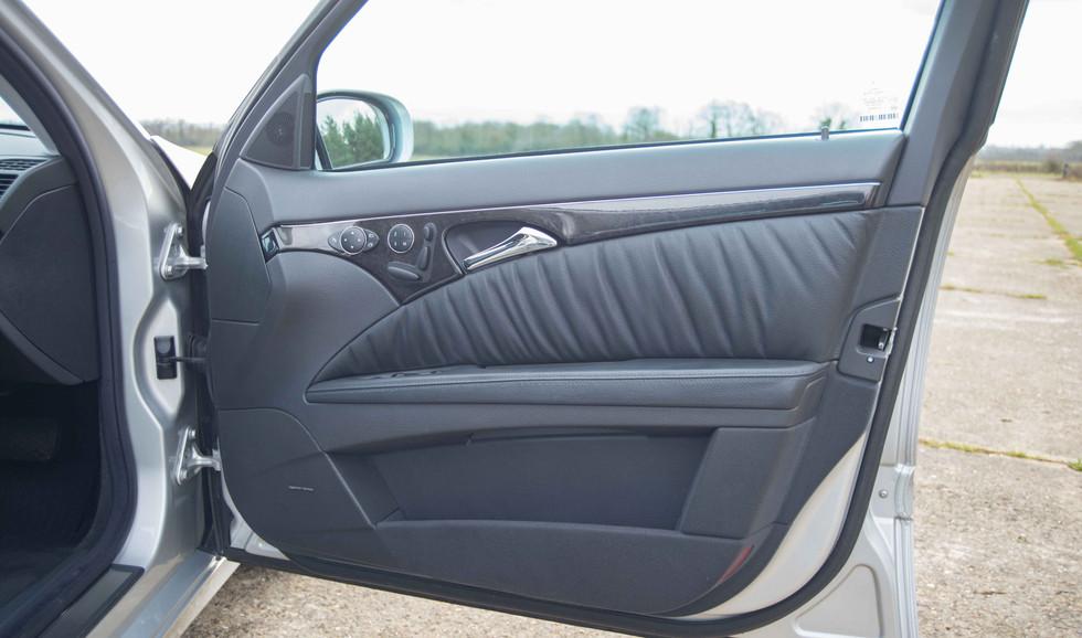 Mercedes E320CDI For Sale UK London  (17 of 49).jpg