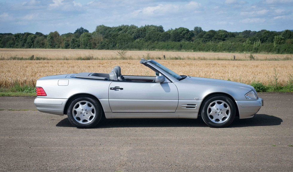 Mercedes SL320 (604 of 31).jpg