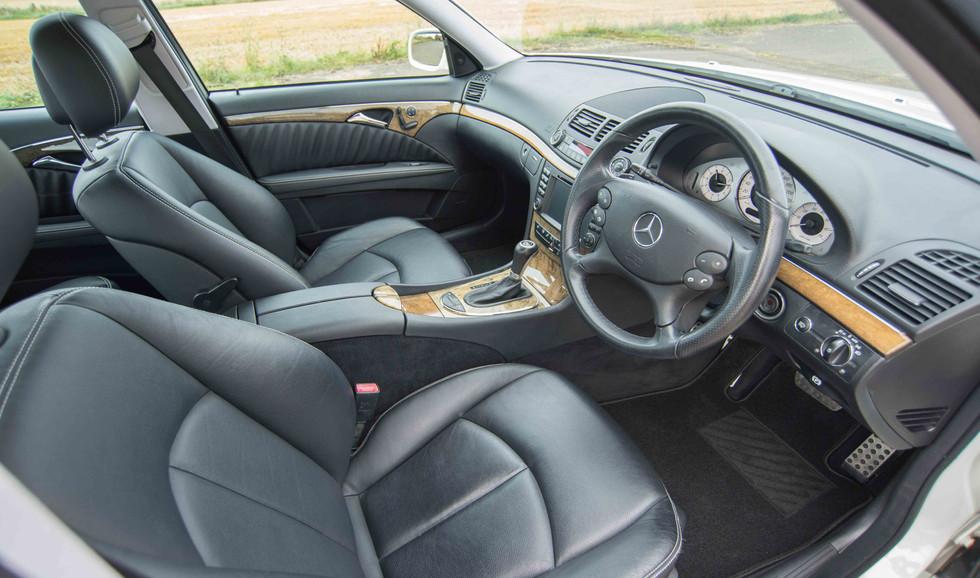 Mercedes E550 (604 of 41).jpg