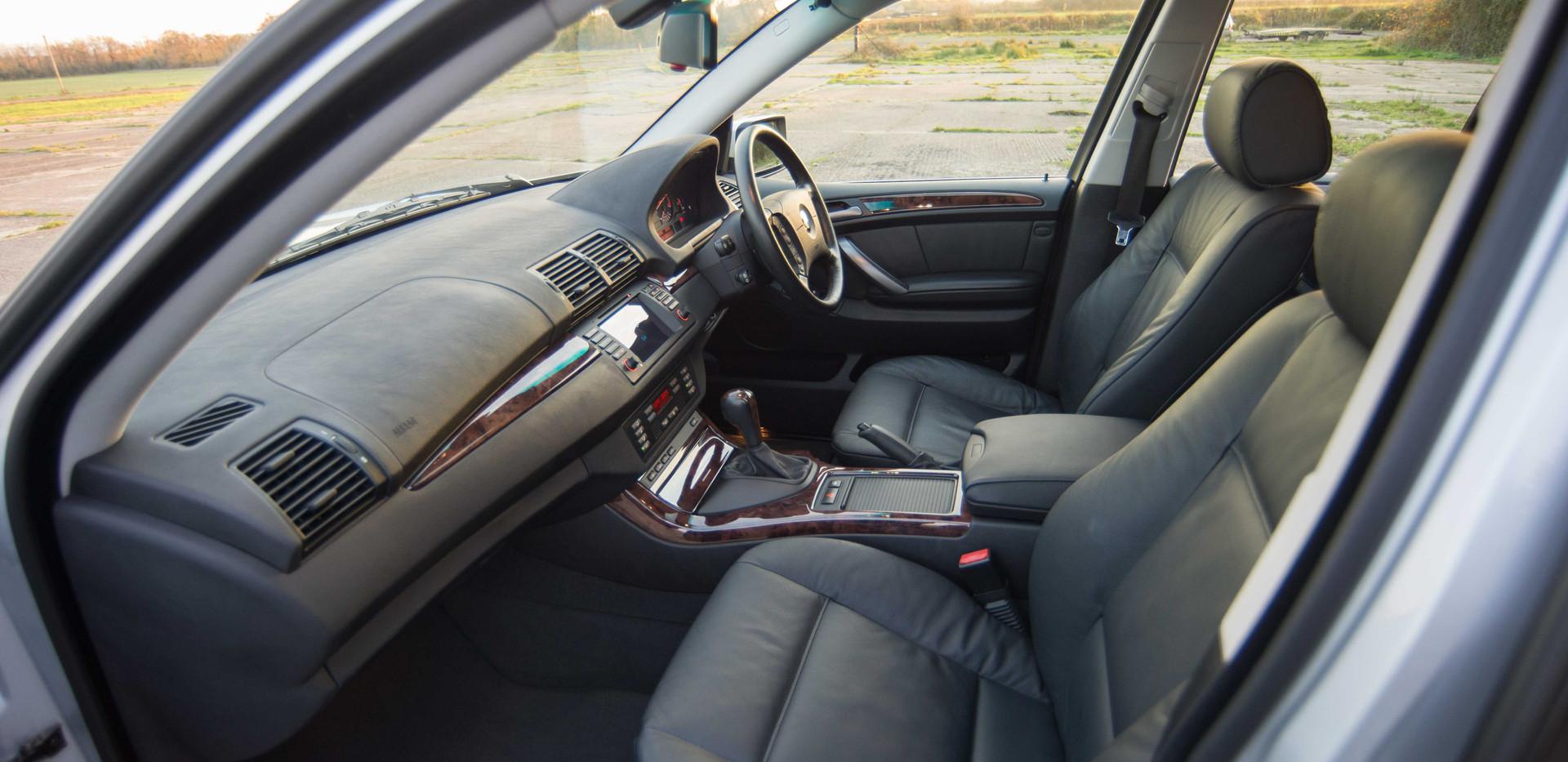 BMW E53 X5 4.4i For Sale UK London  (15
