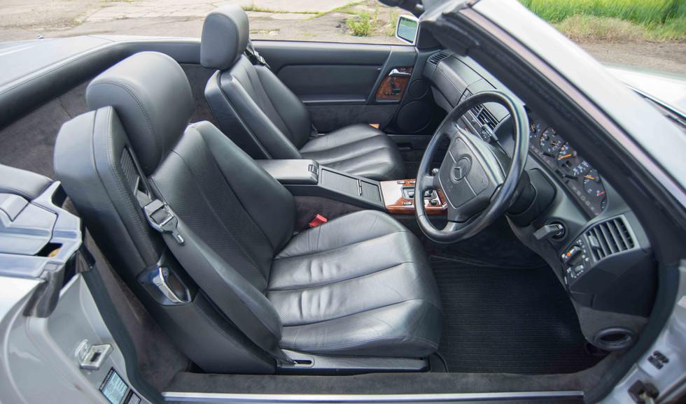 Mercedes R129 500SL (503 of 44).jpg