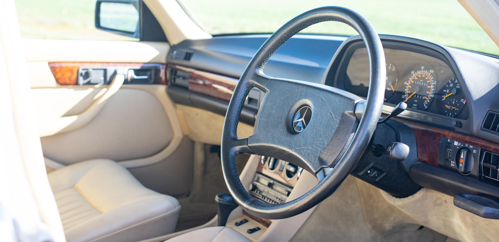 W126 420SEL E3TGW For Sale London-19.jpg