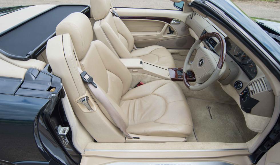 Mercedes R129 SL320 (516 of 24).jpg
