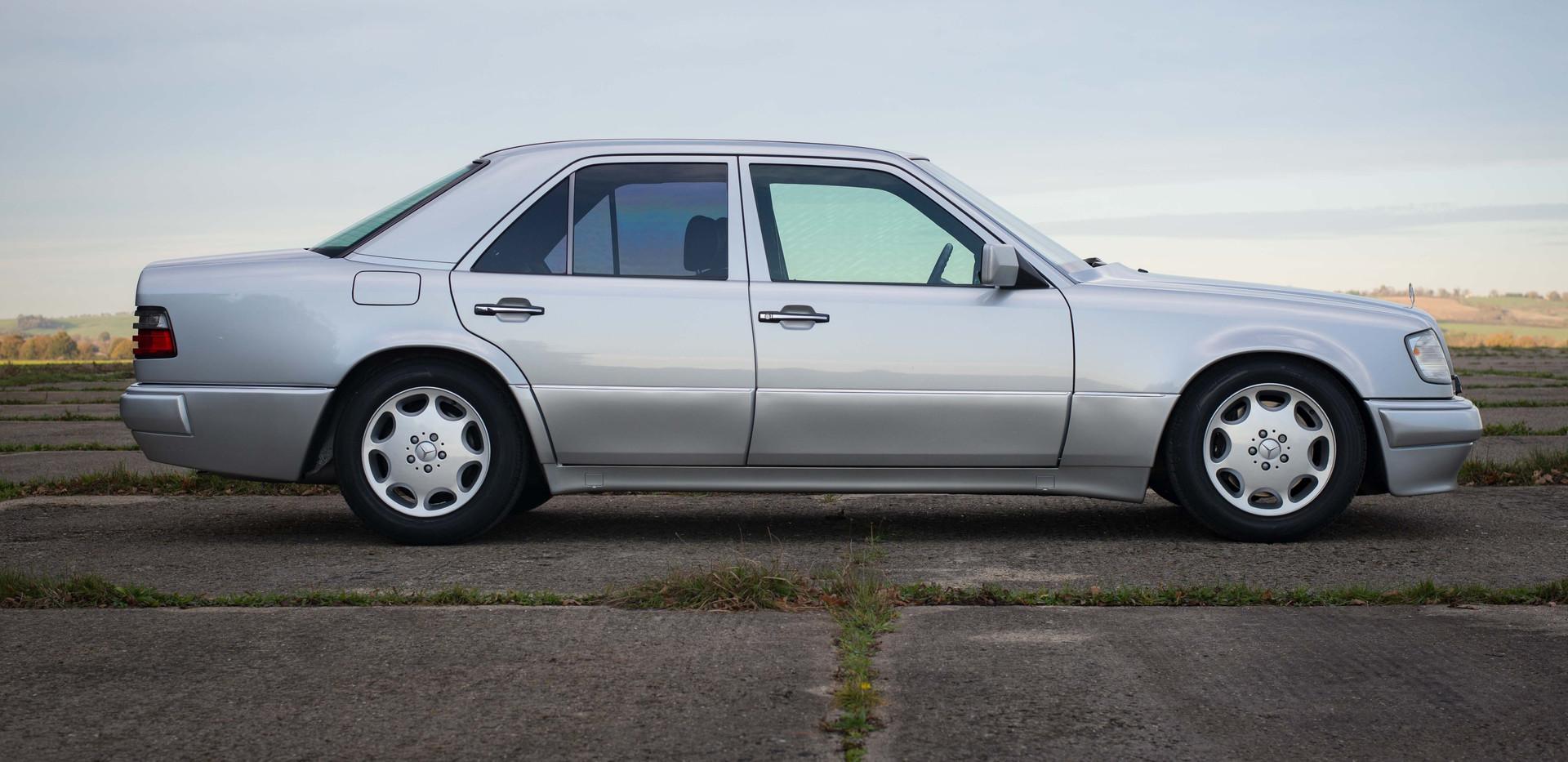Mercedes W124 E500 For Sale UK London  (