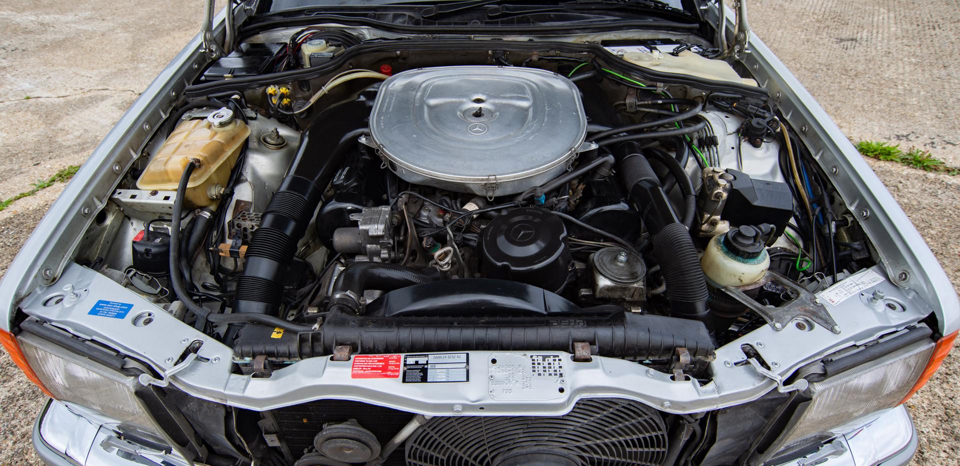 W126 420SEC - Uk for sale london-48.jpg