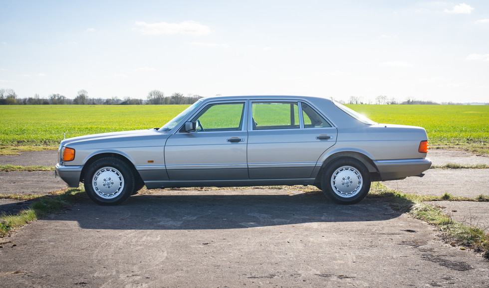W126 420SEL E3TGW For Sale London-14.jpg