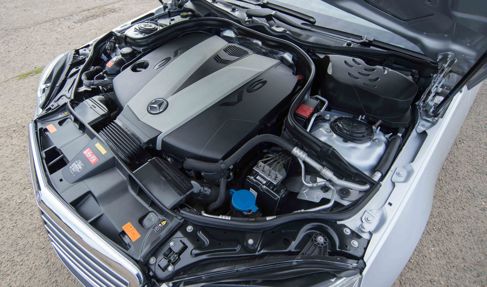 Mercedes E350 Bluetec (622 of 36).jpg