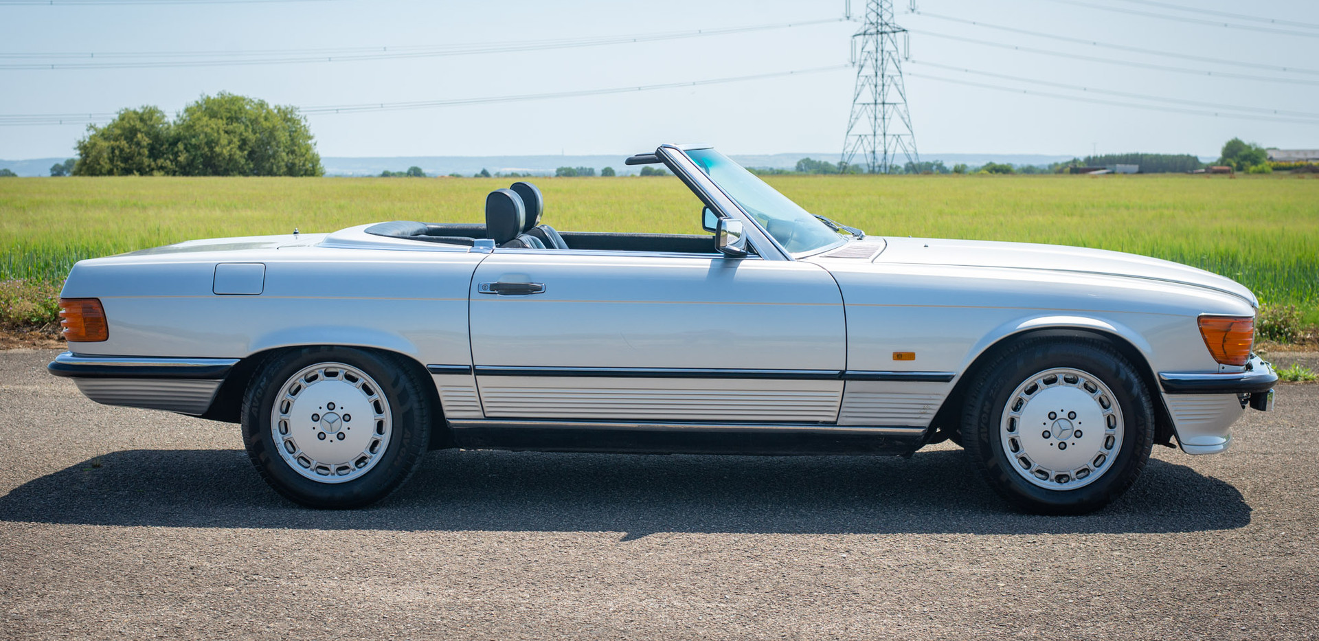 R107 300SL Silver C272 RBV-17.jpg