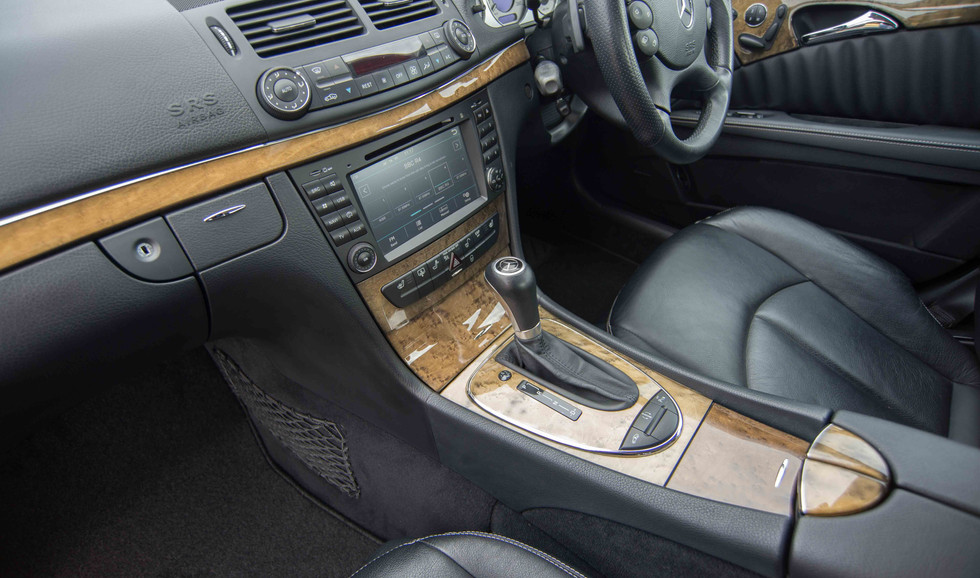 Mercedes E550 (617 of 41).jpg