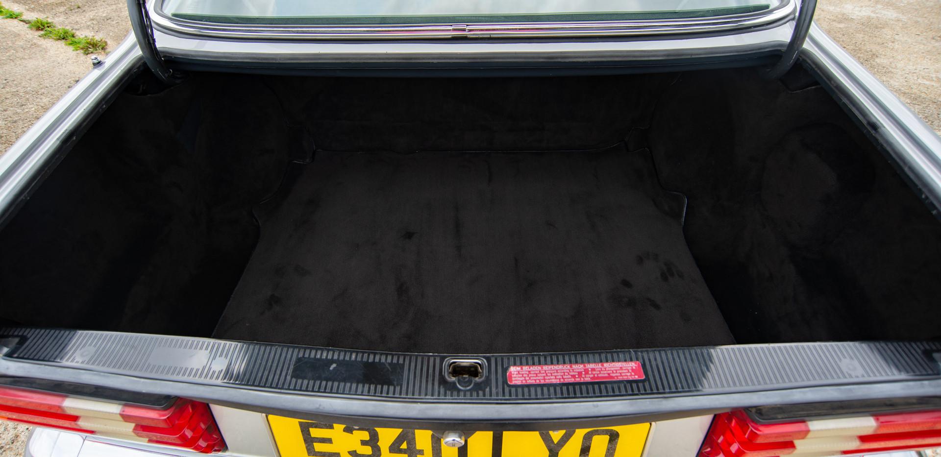 W126 420SEC - Uk for sale london-46.jpg