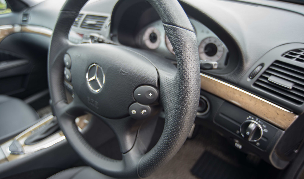 Mercedes W211 E350 (515 of 39).jpg