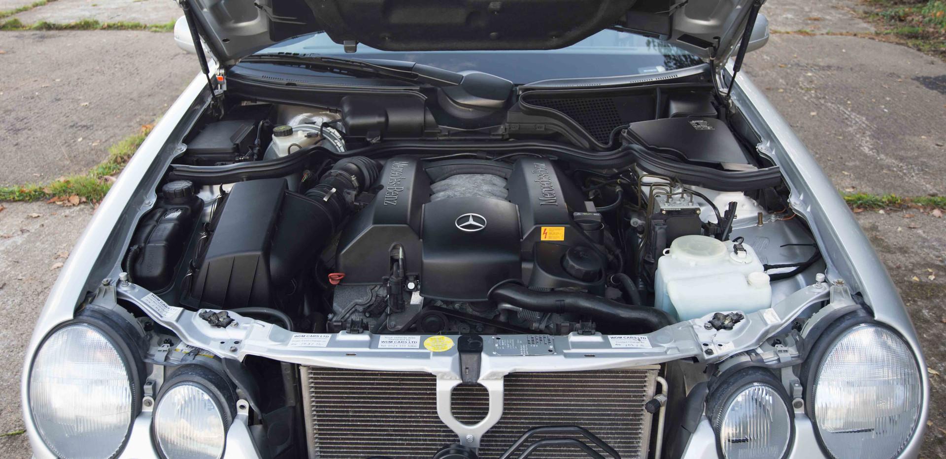 Mercedes E240 For Sale UK London  (79 of