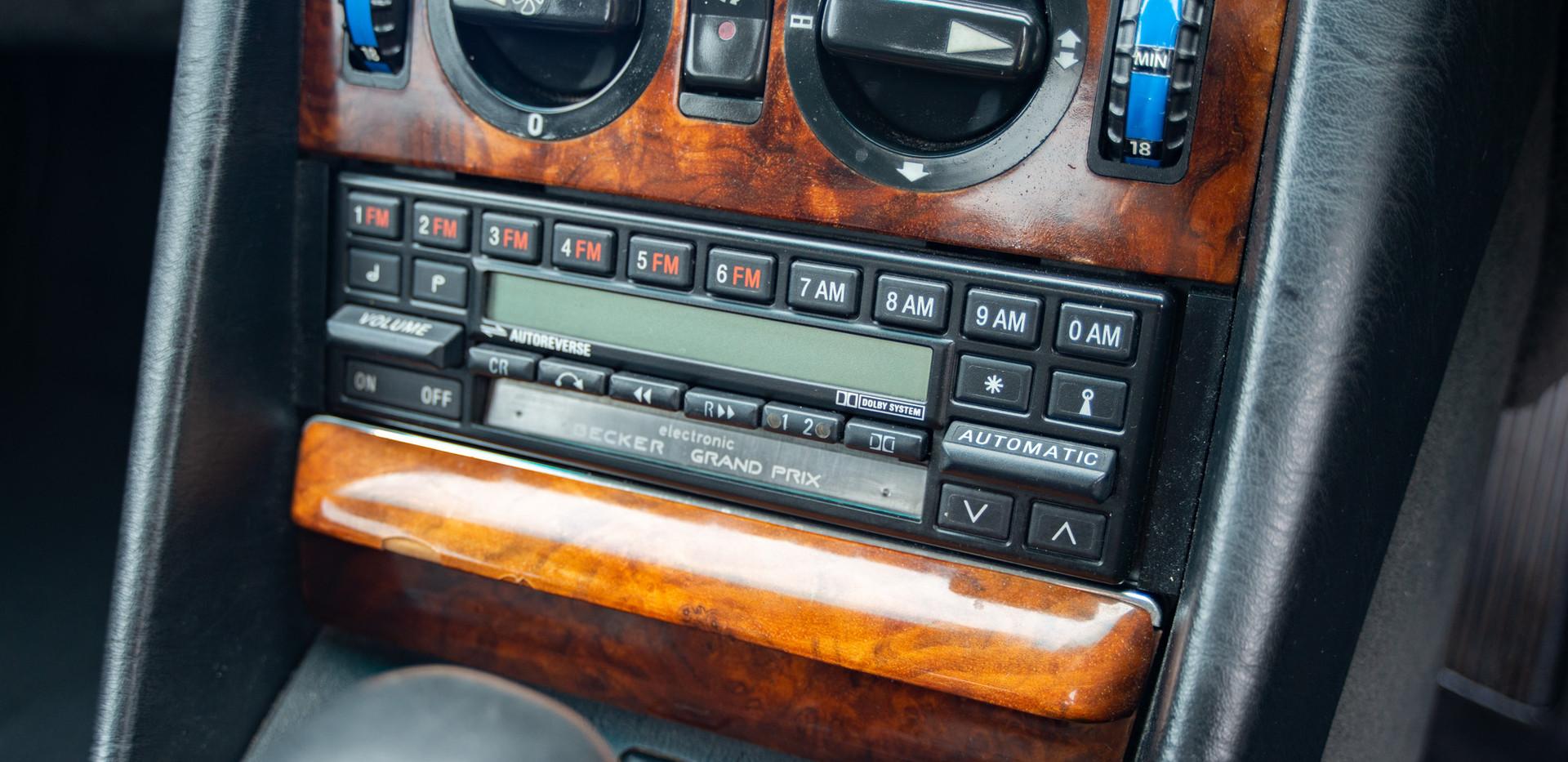 W126 420SEC - Uk for sale london-45.jpg