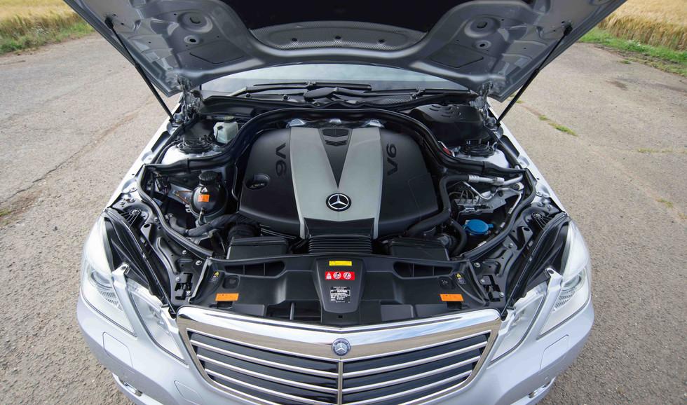 Mercedes E350 Bluetec (620 of 36).jpg