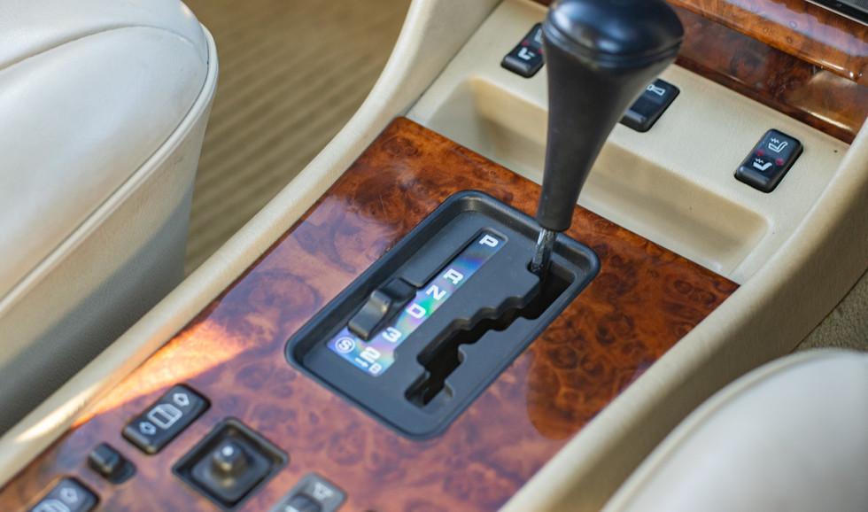 W126 420SEL E3TGW For Sale London-36.jpg