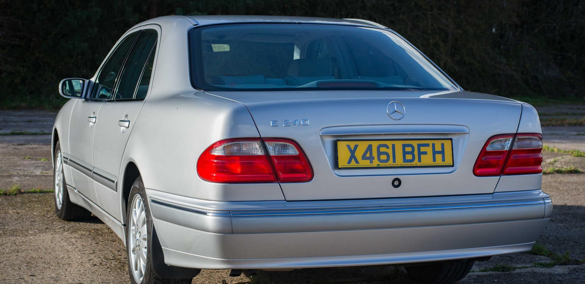 Mercedes E240 For Sale UK London  (34 of