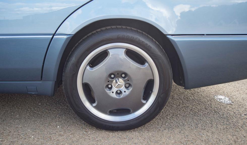 Mercedes 300SE (616 of 29).jpg