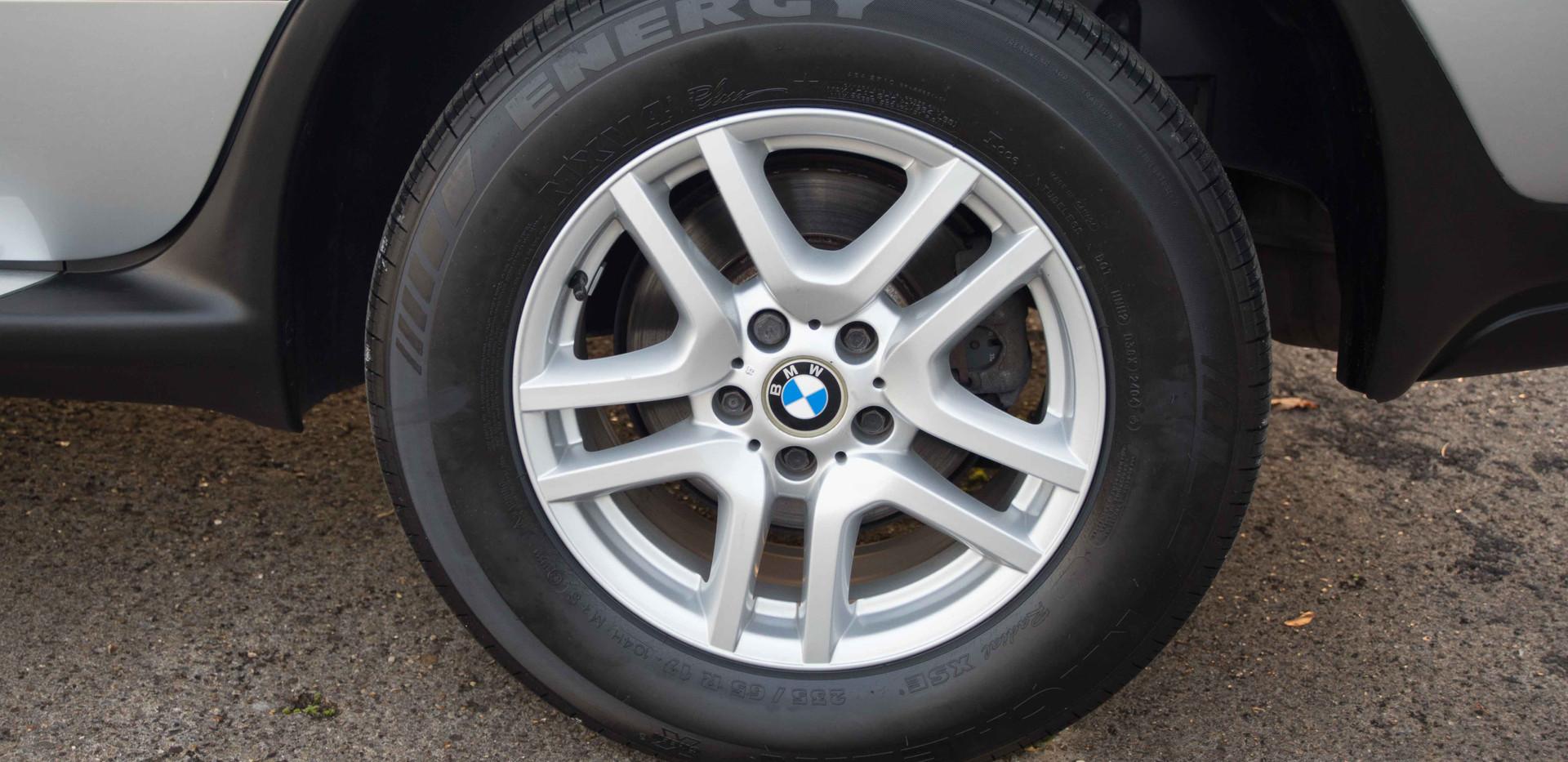 BMW E53 X5 4.4i For Sale UK London  (26