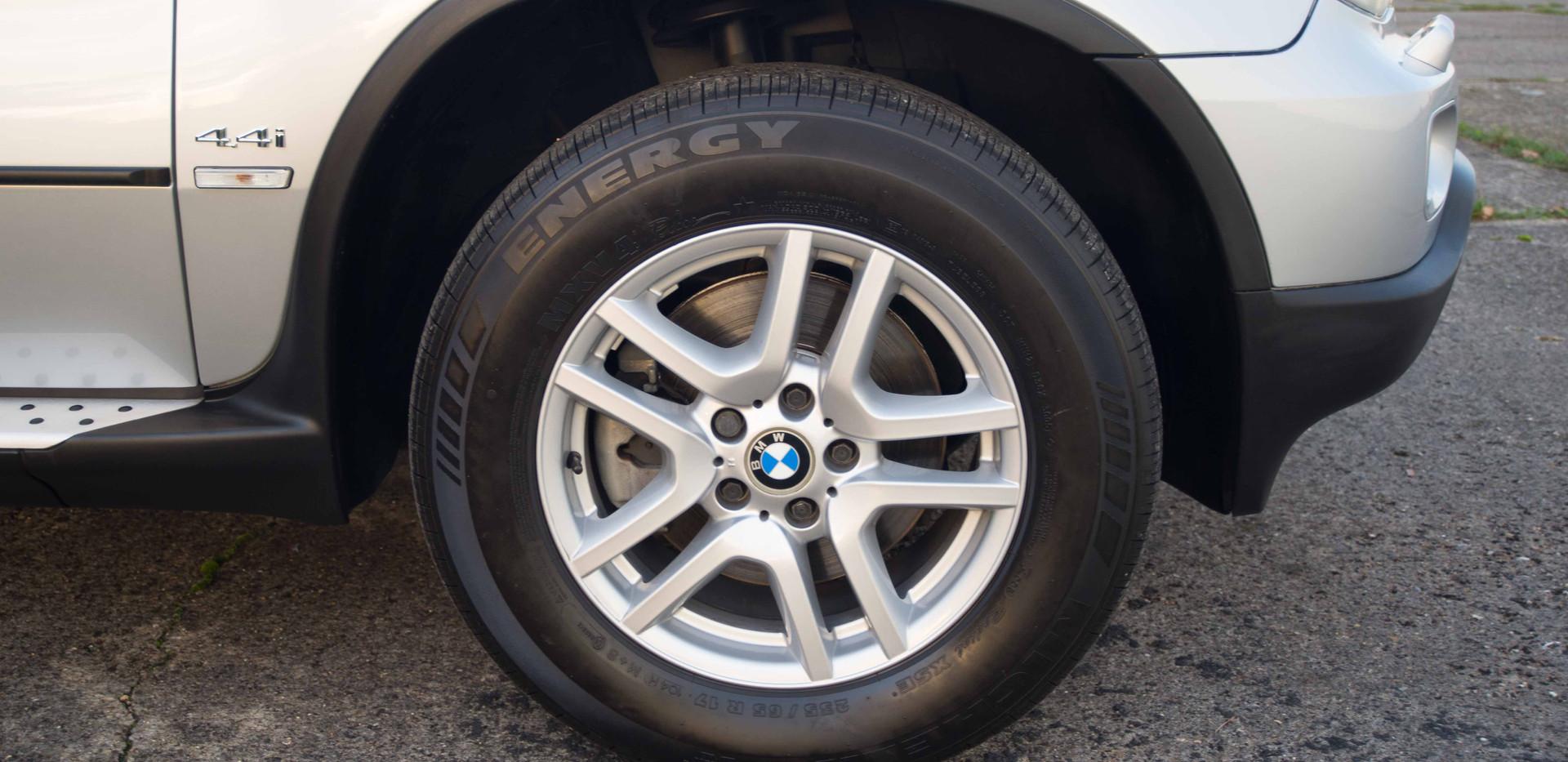 BMW E53 X5 4.4i For Sale UK London  (29