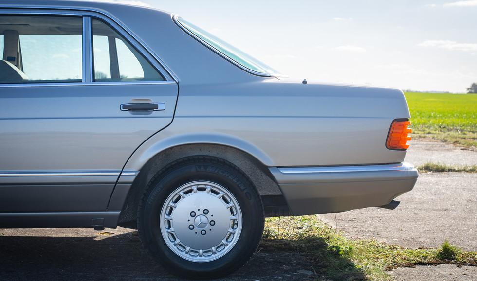 W126 420SEL E3TGW For Sale London-15.jpg