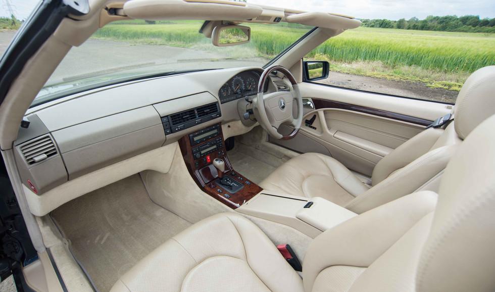 Mercedes R129 SL320 (520 of 24).jpg