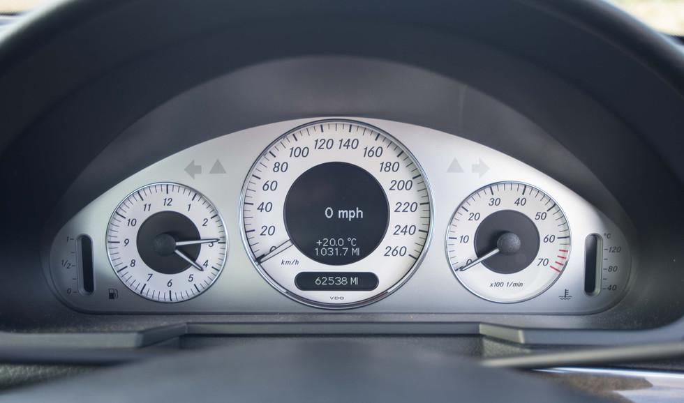 Mercedes E550 (626 of 28).jpg