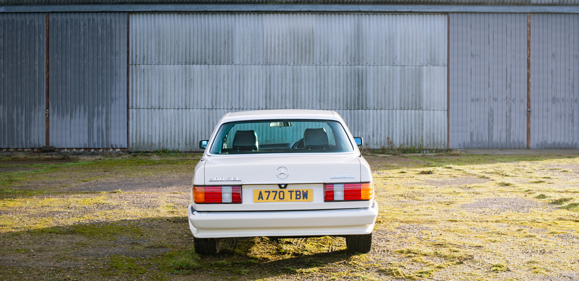 W126 Cream 500SEL for sale uk-6.jpg