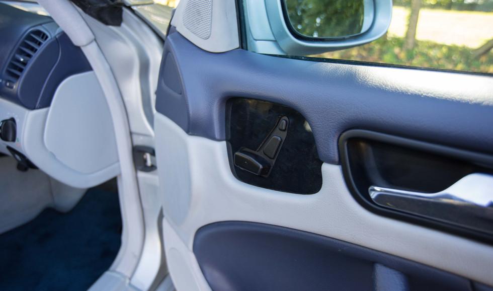 Mercedes CLK320 (616 of 35).jpg