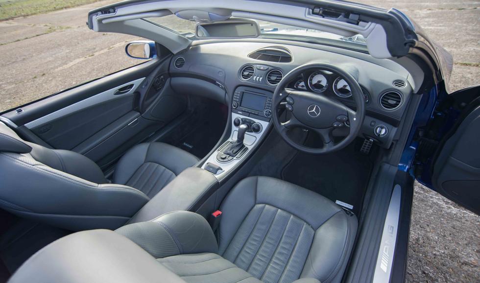 SL55 For Sale UK London  (24 of 36).jpg
