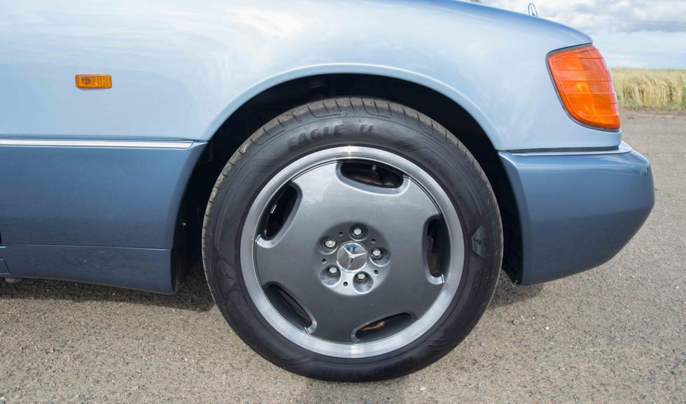 Mercedes 300SE (614 of 29).jpg