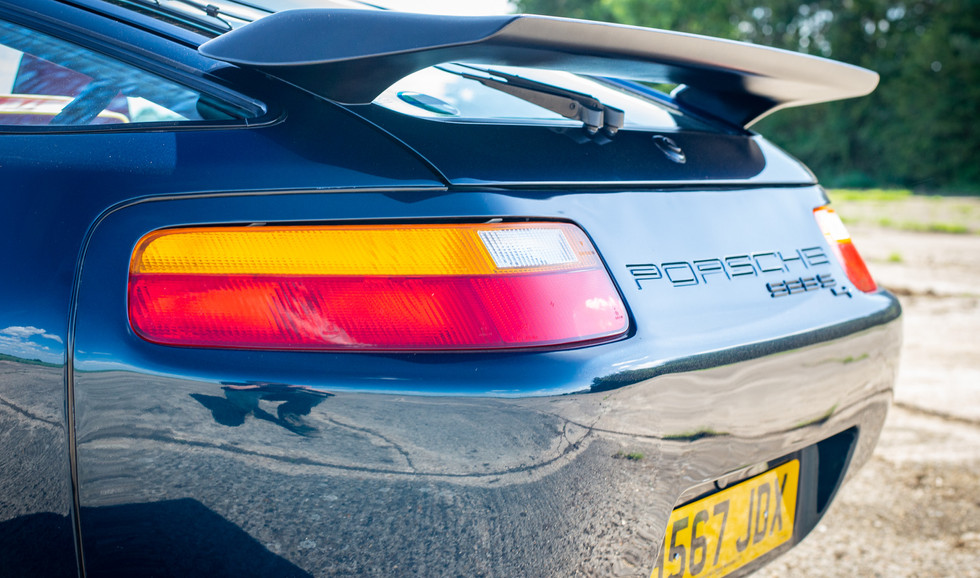 Porsche_928_ForSale Uk London-16.jpg