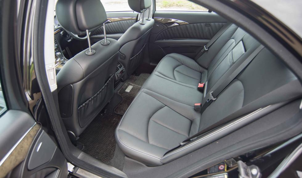 Mercedes W211 E350 (518 of 39).jpg