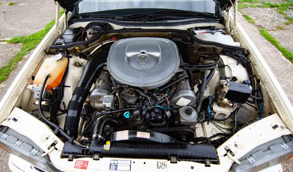 W126 500SEL For sale uk-24.jpg