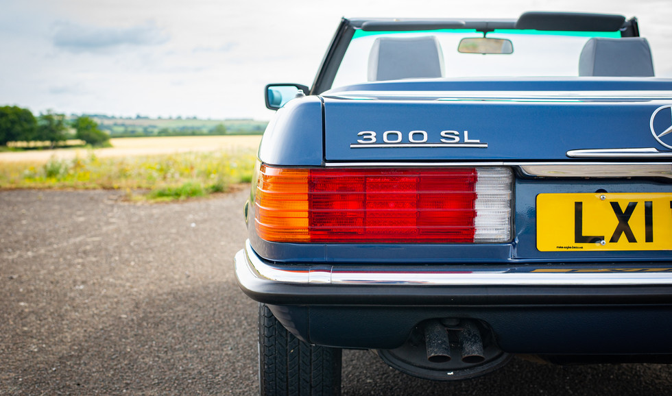 300SL 107 Blue for sale Uk london-22.jpg